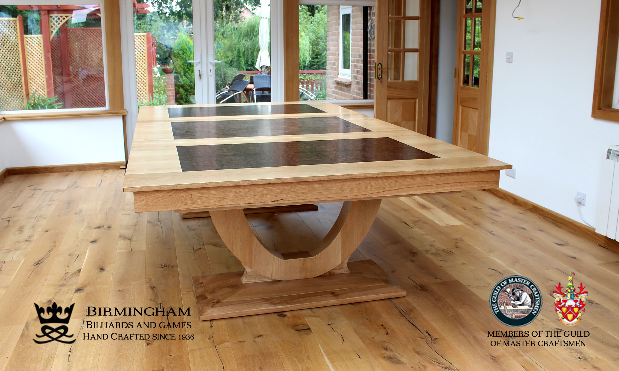 Convertible snooker and pool dining tables birmingham for Poolside table and chairs
