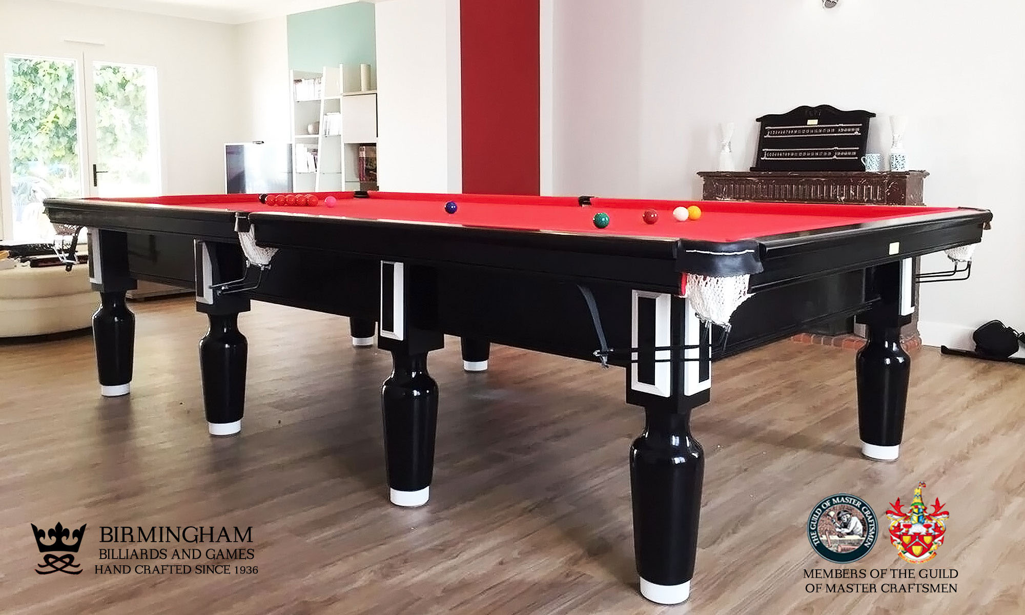 The Paris snooker table