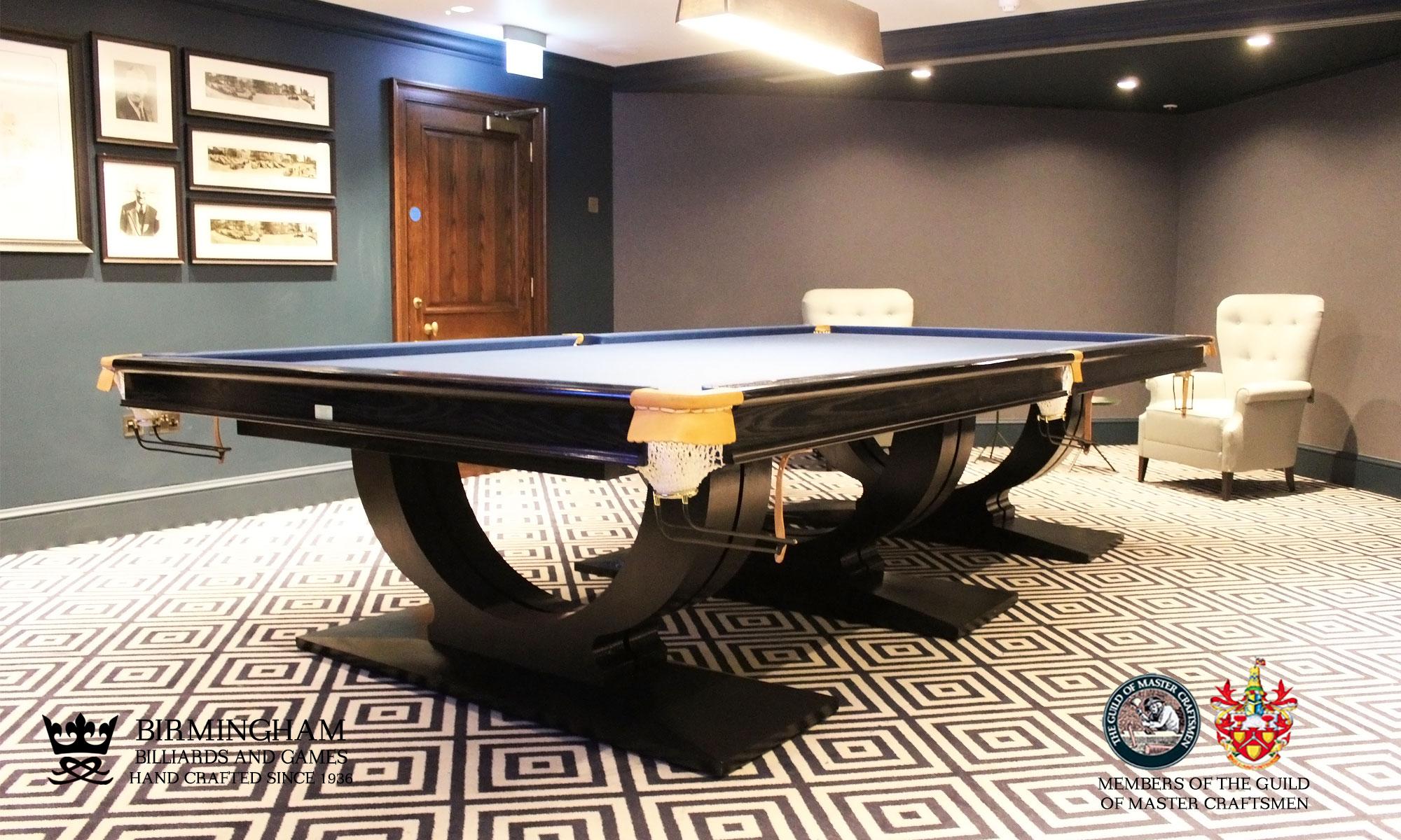 Roma art deco snooker table