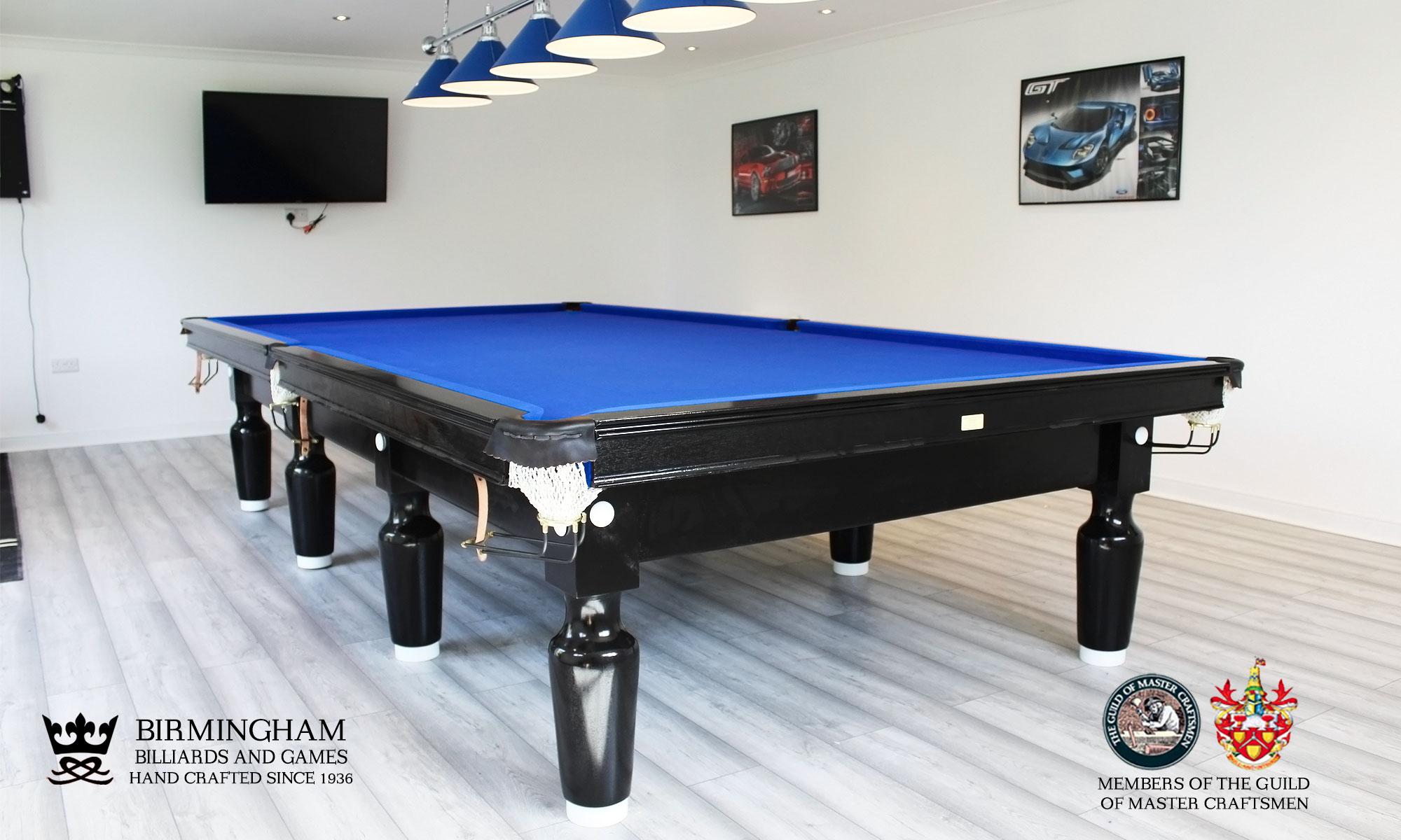 The Paris snooker table